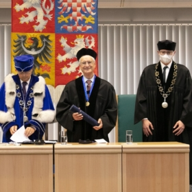 Prague University of Economics and Business Awarded Honorary Doctorate to Robert S. Kaplan, Expert in Strategic Management