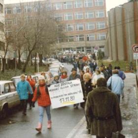 Listopad 1989 na VŠE ve fotografiích