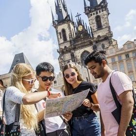 VŠE přivítá v září více než 700 zahraničních studentů